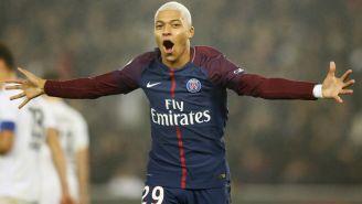 Mbappe festeja un gol con el PSG