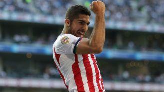 Pereira festeja un gol con Chivas en el A2017
