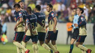 Cecilio y compañía festejan un gol frente a Zacatepec
