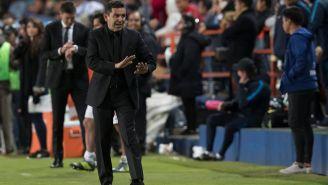 Patiño le pide calma a los jugadores de banca de los Pumas