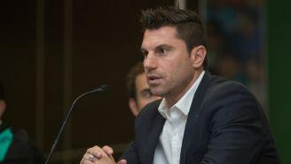 Leandro Cufré, durante una conferencia de prensa con Santos