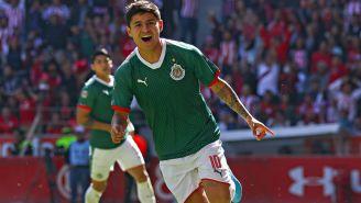 Chofis López celebra su anotación vs Toluca