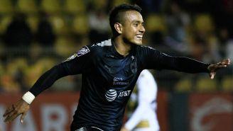 La celebración de Julio Cruz tras marcar frente a Dorados