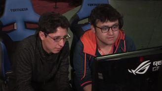 Javi y Leo, durante una partida de dobles en Genesis 5