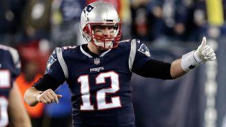 Brady sonríe tras la anotación del triunfo vs Jaguars