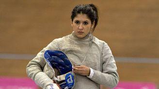 La esgrimista Paola Pliego, durante una competencia en 2014