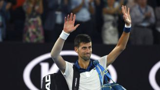 Novak Djokovic durante partido en el Australian Open