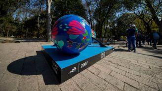 Pelota Gigante de la exposición Tennis Parade en Paseo de la Reforma