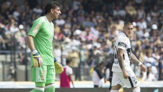 Guzmán y Castillo durante el partido en CU