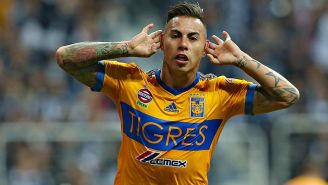 Edu Vargas festeja un gol en el BBVA Bancomer