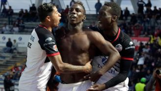 Quiñones celebra uno de sus goles frente al Atlas