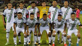 Jugadores de Cafetaleros, antes de un juego en el Ascenso MX