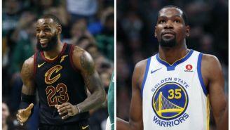 LeBron James y Kevin Durant, en juegos de la NBA con sus equipos