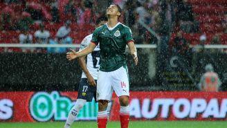 Zaldívar se lamenta en un partido con Chivas