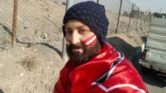 Zahra Khoshnavaz se disfraza de hombre para ingresar al estadio
