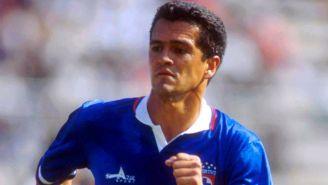 Hermosillo, durante un partido con Cruz Azul en 1993