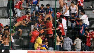 Aficionados de Veracruz se enfrentan con los de Tigres