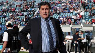Luis Fernando Tena, durante el juego entre Gallos y Cruz Azul