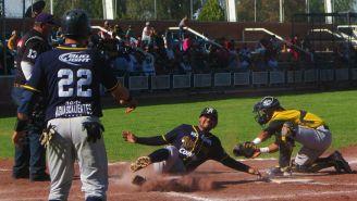 Jugadores de Aguascalientes durante partido