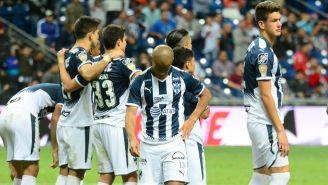Jugadores de Rayados se lamentan en la tanda de penaltis