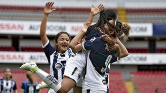 Rayadas celebra triunfo sobre Querétaro
