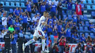 Chaco Giménez entra de cambio al Estadio Azul