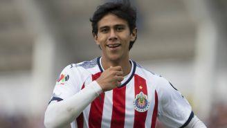 José Juan Macías festeja gol contra Lobos BUAP