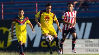 Acción del juego de Leyendas entre América y Chivas