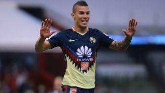 Mateus Uribe festeja doblete contra León en la J11