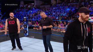Kevin Owens y Sami Zayn en el ring con Shane McMahon