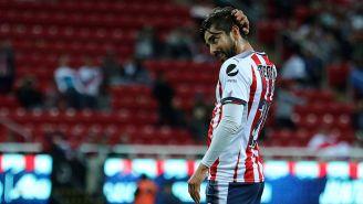 Pizarro se lamenta en un partido con Chivas