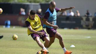 Jugadores del West Ham en una práctica en Miami