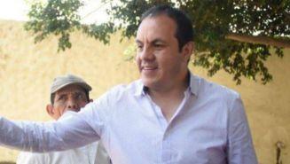 Cuauhtémoc Blanco habla con pobladores de Cuernavaca