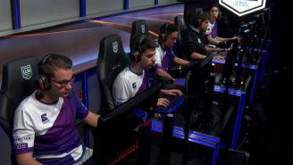 Los jugadores de 6Sense, previo a una partida contra Dash9