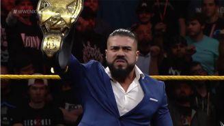 Andrade 'Cien' Almas con el título de NXT