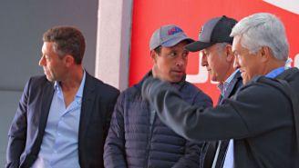 Osorio, Caixinha y Torrado previo a observar el partido