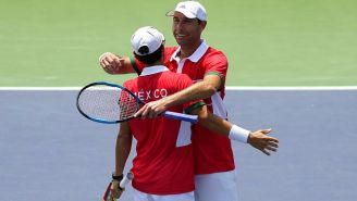 Santiago González y Miguel Reyes celebran triunfo frente a Perú
