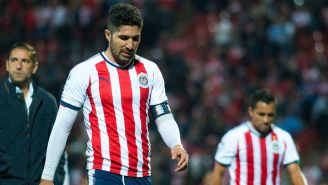 Jair Pereira se lamenta tras la derrota de Chivas frente a Xolos