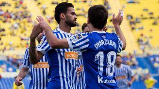 Mikel Oyarzabal celebra su gol con Willian José