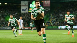 Coates festeja luego de anotar frente al Porto