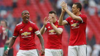 Jugadores del United celebran su pase a la Final