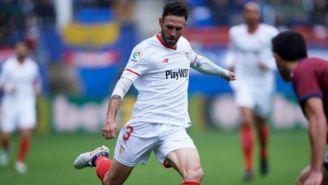 Miguel Layún, en un juego del Sevilla