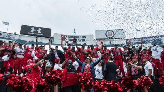 Mexicas levanta el título del Tazón México III