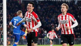 Chucky celebra un gol con el PSV