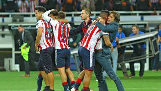 Matías Almeyda festeja con Chivas título en Concachampions