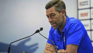 Pedro Caixinha en conferencia de prensa