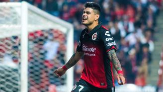 Gustavo Bou festeja su gol contra Toluca