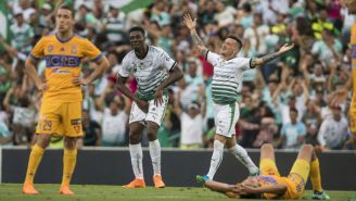 Taveres festeja su gol contra Tigres