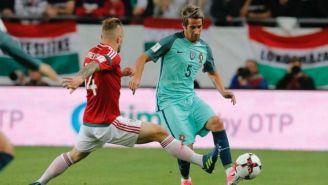 Coentrão, en un juego con Portugal