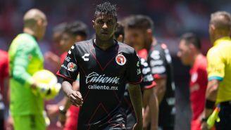 Miler Bolaños se va expulsado contra Toluca